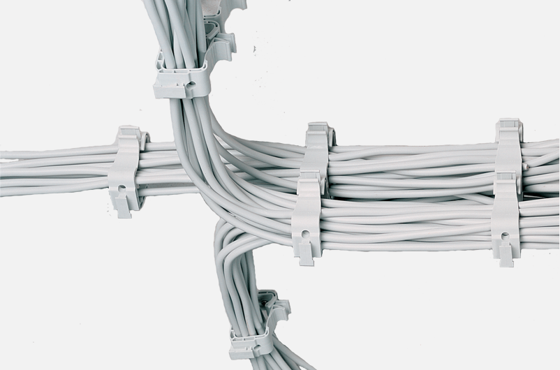 Sammelhalter für Kabel